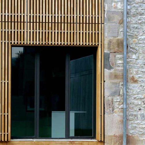 Grupo Gámiz Projekt Casa Buesa Vitoria Profil Laminat Eiche