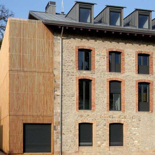 Projet Grupo Gámiz Profil Casa Buesa Vitoria Stratifié Chêne