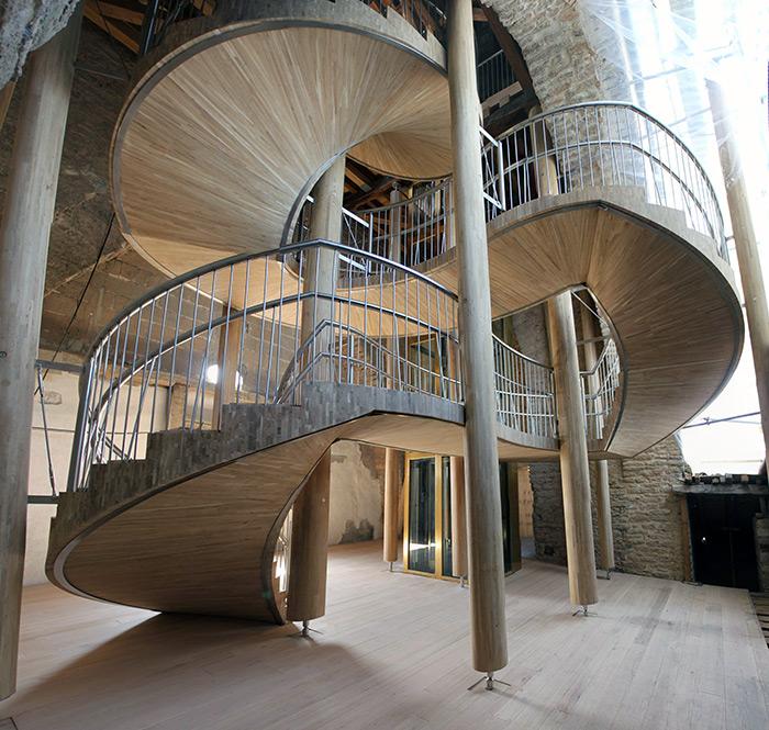 La alternativa sostenible estructural ya es una realidad en la rehabilitación Catedral Santa María, viga laminada de roble