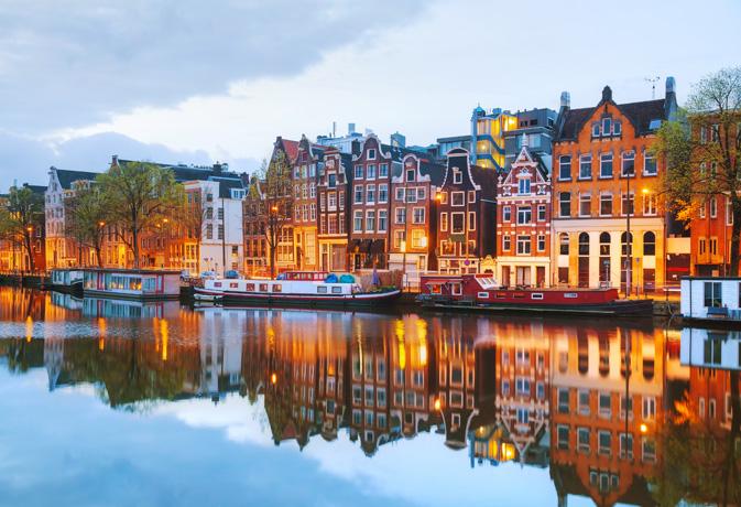 Amsterdam sobre el río Amstel