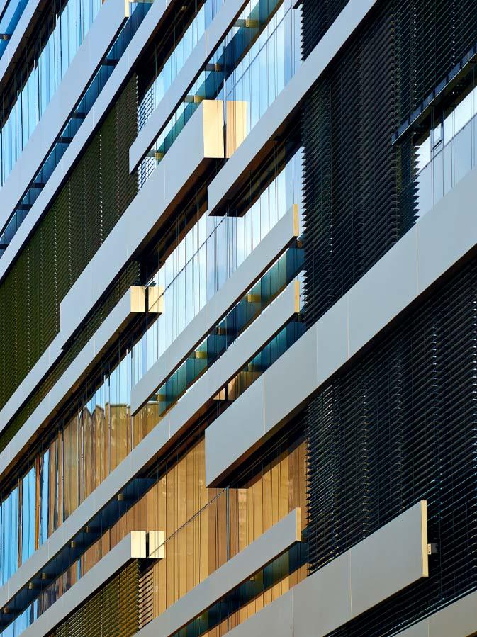 Fachada ligera realizada con muros cortina, proyecto Enovos, Luxemburgo.