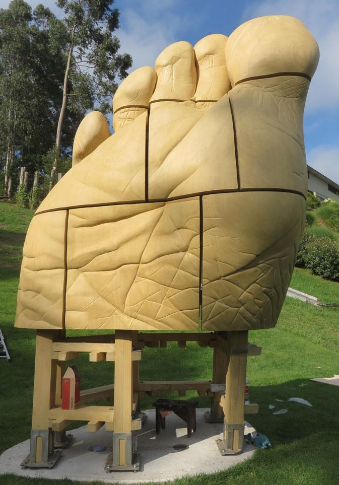 """Escultura de pie Accoya® """"Materoccón"""""""