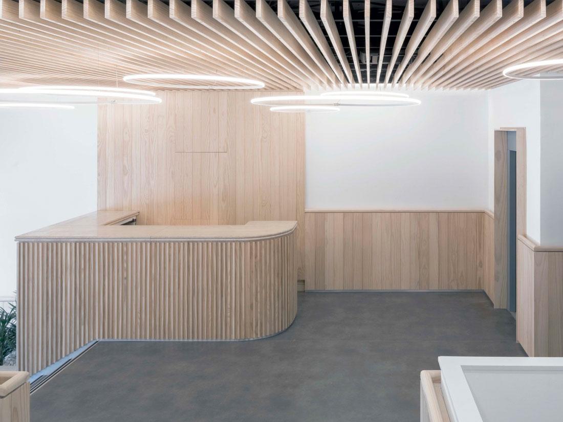 Grupo Gámiz, madera ACCOYA, proyecto Oficinas NEN