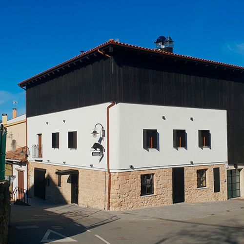 Proyectos ACCOYA, Restaurante Arrea!