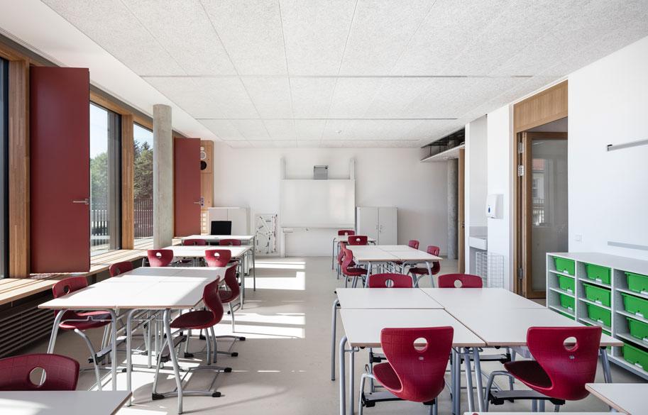 VIGAM, Viga Laminada de Roble. Proyecto Centro escolar Obermenzing