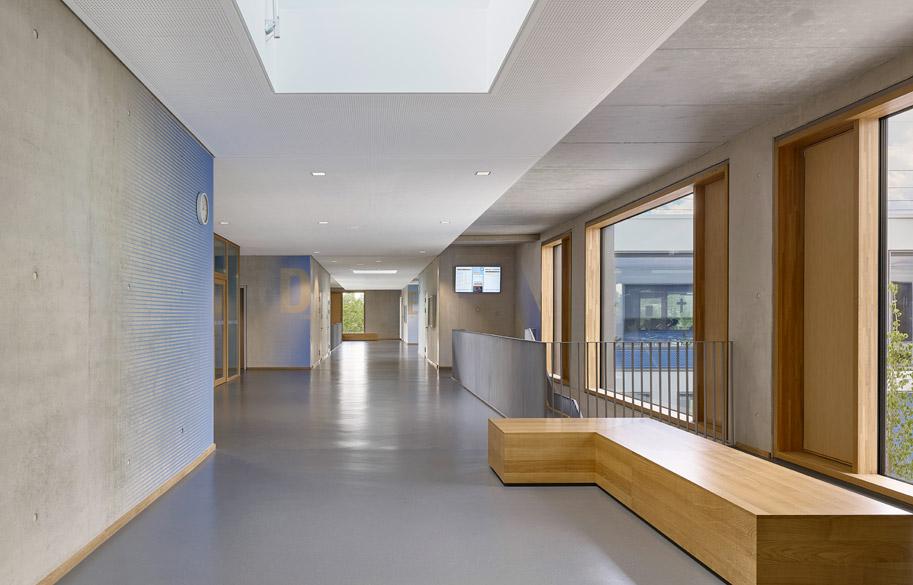 Viga Laminada de Roble, muro cortina de madera. Proyecto Gymnasium München Nord